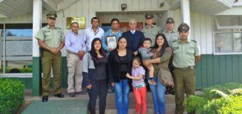 Joven de Puerto Fuy se reencontró con abuelo paterno tras gestión de Carabineros