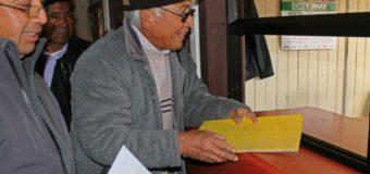 Mapuche presentaron 200 firmas en rechazo al proyecto de aguas servidas en Liquiñe