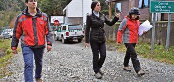 Gobernadora Gatica visita pasos fronterizos Hua Hum y Carirriñe