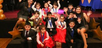 Escuela de Lenguaje Rayito de Luz destaca habilidades y aptitudes premiando a estudiantes