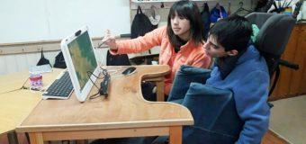 Escuela Rural Huellahue posee único aparato que permite comunicar con la mirada