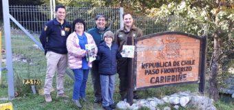 Único alumno de escuela en Liquiñe conoció labor del personal en el Paso Carirriñe