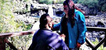 La historia del estudiante Ariqueño que llegó hasta a Huilo Huilo para pedir matrimonio