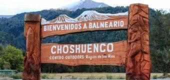 """Comunidad de Choshuenco inaugura portal de acceso: """"queríamos ser visibles"""""""