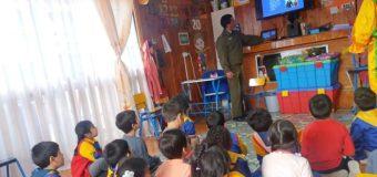 Educan en seguridad vial a estudiantes de Escuela de Lenguaje Rayito de Luz