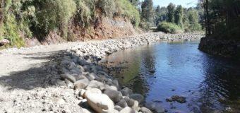 Infraccionan a particular por intervenir Río Los Ñadis y extraer áridos para muro fluvial