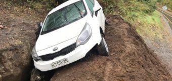 Conductor resultó con lesiones leves tras accidente en las cercanías de Choshuenco