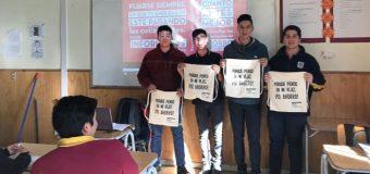 Estudiantes del Liceo de Excelencia PHP en Pullinque aprenden sobre el sistema AFP
