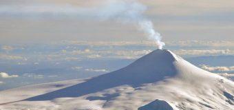 Declaran alerta amarilla por actividad del Volcán Villarrica