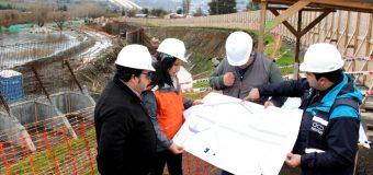 Proyecto del MOP: Primera de las 5 etapas de la nueva costanera de Panguipulli supera la mitad de avance