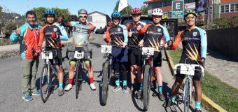 Estudiantes del Liceo Bicentenario PHP Pullinque destacaron en competencia de ciclismo
