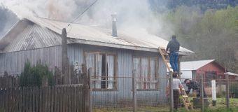 Amago de incendio causó daños en una vivienda en Neltume