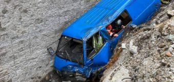Pareja sufrió aparatoso accidente en ruta Coñaripe a Liquiñe