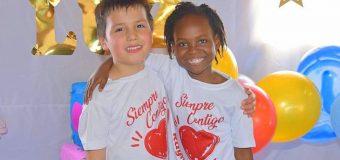 Estudiantes de la Escuela de Lenguaje Rayito de Luz reunieron fondos para la Teletón