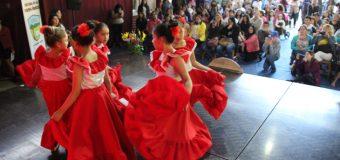 """Masiva asistencia en Gala Latinoamerica de Escuela Pampa Ñancul: """"Ha sido la mejor"""""""