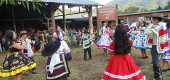 Se viene el 5to Asado más Grande del Mundo en Liquiñe. Feria estará abierta hasta marzo