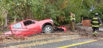 Joven conductora sufrió accidente vehicular en peligrosa curva de Pucura