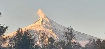 Instrumentos detectaron sismo leve esta mañana en el Volcán Villarrica: Se mantiene Alerta Amarilla