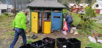 Agrupación de Choshuenco llama a hacer buen uso de puntos limpios y a reciclar aceite de cocina