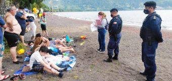 Armada de Panguipulli llama a seguir respetando medidas sanitarias al concurrir a balnearios