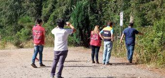 Analizan estado de suelos en posta y escuela de Lago Neltume por grietas tras sismo