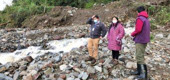 Indap acudió en ayuda de agricultores afectados por derrumbes en Coñaripe