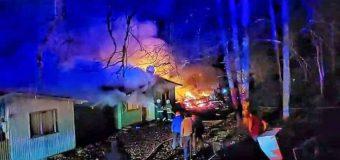 Dos viviendas afectó un incendio en Huellahue
