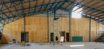 Corporación de Desarrollo costea remodelación de gimnasio escolar en Choshuenco