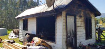 Incendio en las cercanías de Coñaripe dejó un damnificado